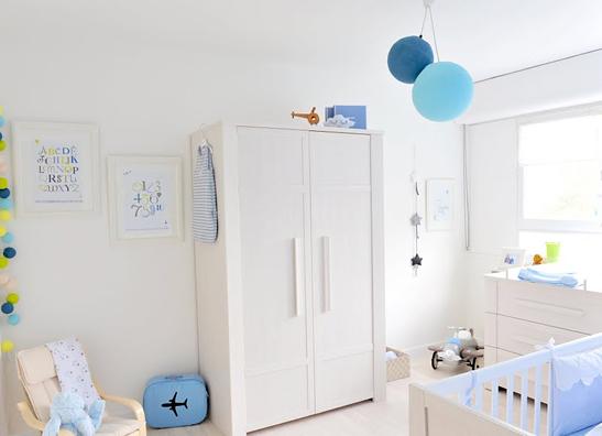decoracao de quarto de bebe azul e amarelo:Quarto Azul e Branco para Menino